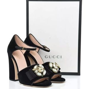 GUCCI Velvet Pearl Bee Embellished Chunky Sandals